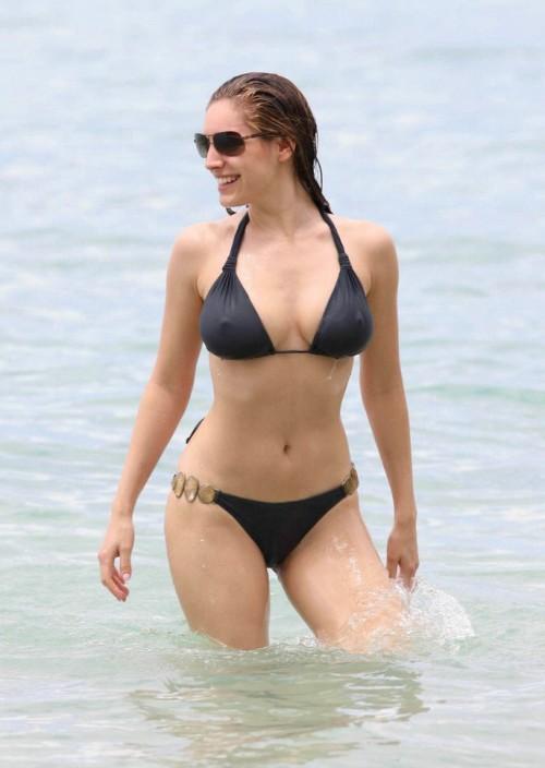 kelly_brooks_bikini_012