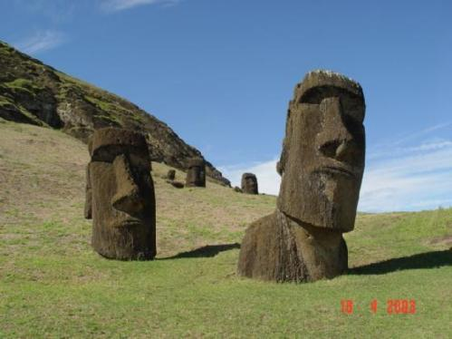 890107-Travel_Picture-Easter_Island